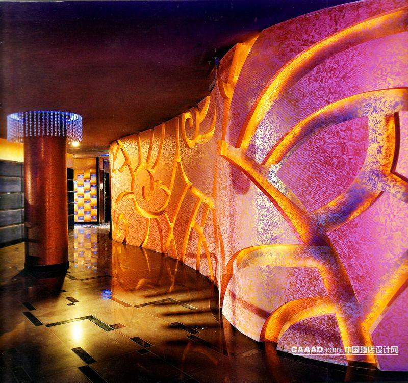 设计网 装修效果图 >> 过厅(一角)艺术背景墙大理石地面圆形柱子装修