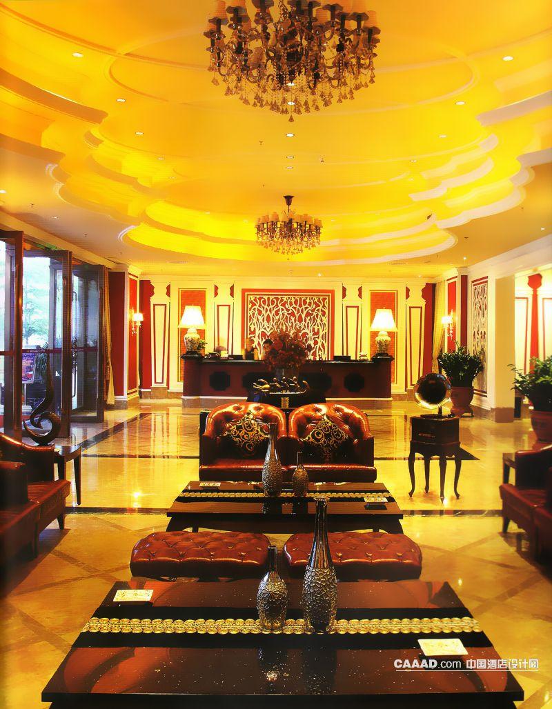 欧式古典风格大堂造型天花板吊灯大理石地面沙发凳桌