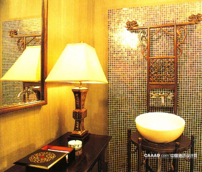 图 中式风格洗手间镜子马赛克墙壁中式洗手盆台灯装修效果图高清图片