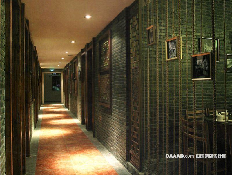 中式风格餐厅走道仿古砖木窗木门绳索地砖装修效果图欣赏图片高清图片