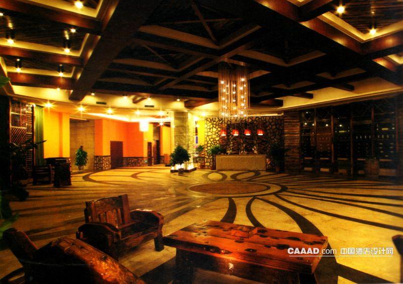 餐厅大堂大理石地面天花造型木桌木椅服务台吊灯效果