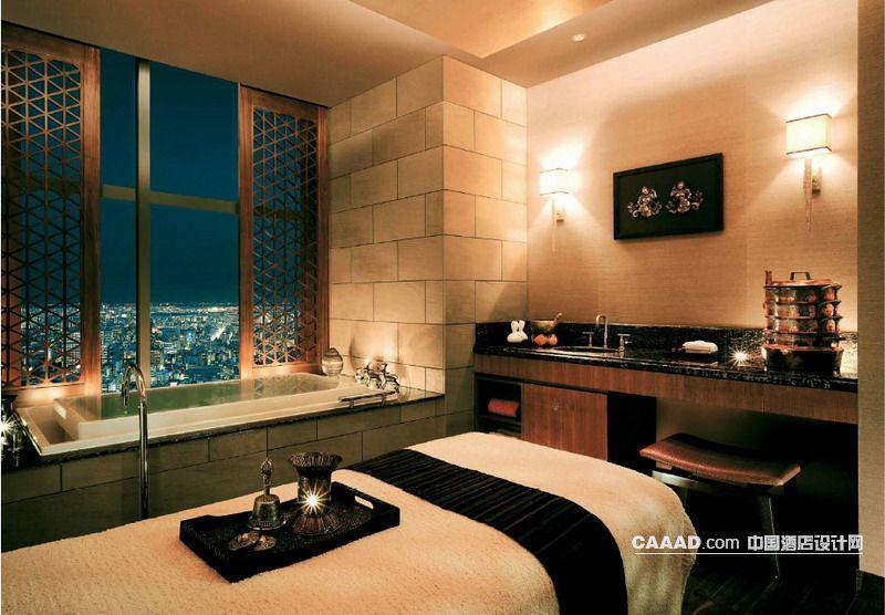 中国酒店设计网 装修效果图 >> spa桑拿按摩房按摩床壁灯柜子浴缸装修