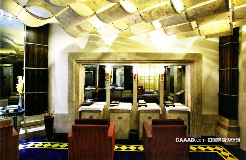 中国酒店设计网 装修效果图 >> 梳妆房天花造型梳妆台沙发镜子地毯