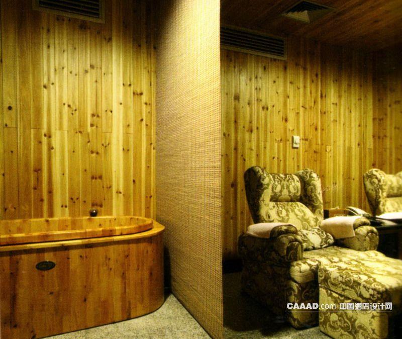 浴盆隔断沙发椅木条效果图 桑拿房浴缸洗浴盆隔断沙发椅木条装修效