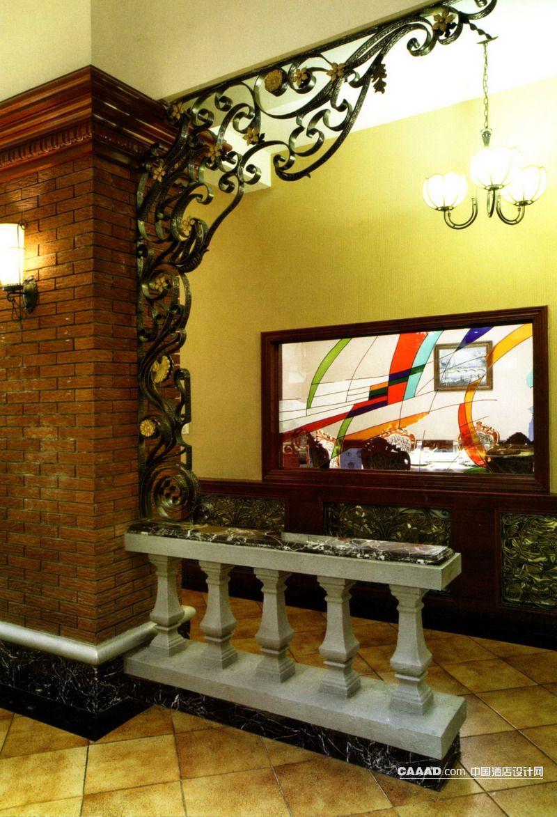通道休闲休息青铜饰品欧式吊灯壁灯玻璃窗效果图