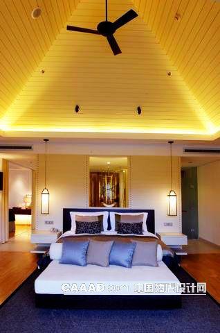 客房卧室屋顶造型吊扇吊灯床头背景效果图