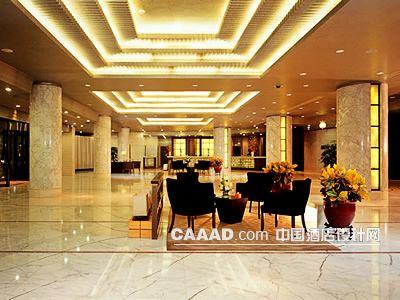 大堂天花造型燈帶柱子理石地面椅子盆景-中國酒店