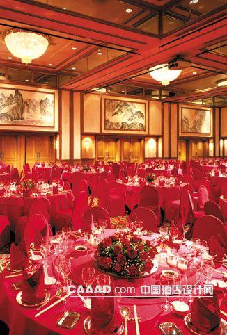 相关宴会厅多功能厅吸顶灯挂画壁灯餐桌椅子镜子效果图欣赏图片