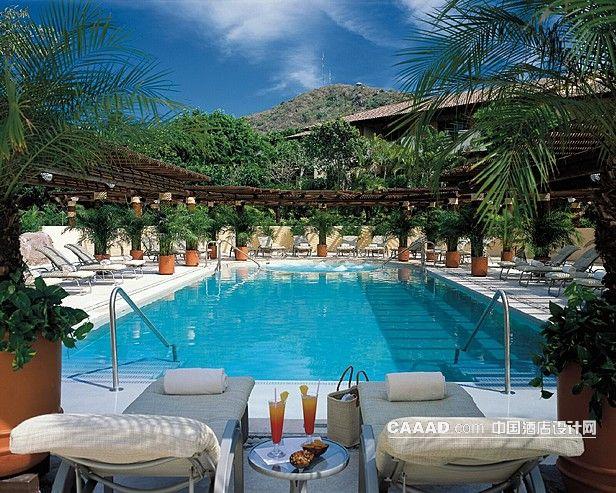 度假旅游室外游泳池效果图