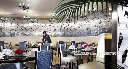 餐厅艺术墙餐桌椅子欧式吊灯效果图