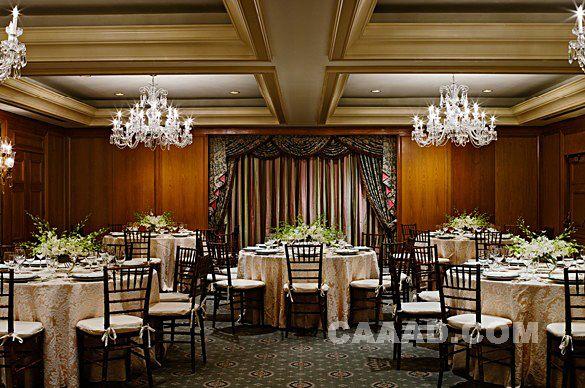 多功能厅宴会厅水晶吊灯窗帘效果图