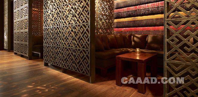 中国酒店设计网 装修效果图 >> 酒吧(一角)半开式板件木格隔断沙发