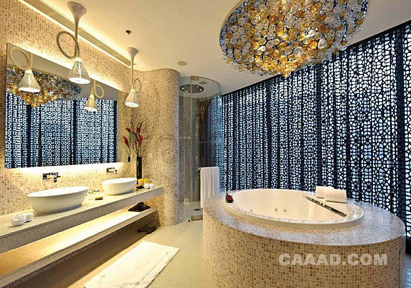 中国酒店设计网 装修效果图 >> 浴室洗手台浴缸窗帘造型吊灯马赛克拼
