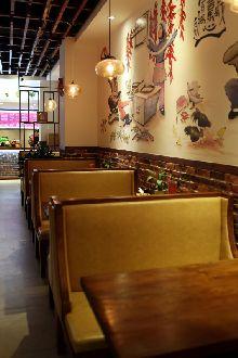 青岛秦岛人家餐厅设计装修案例